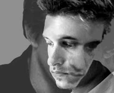 Portrait Hannes Hoelzl (Autora)